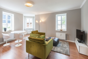Schön eingerichtetes Zimmer in einer Wohnung am Moniberg in Landshut